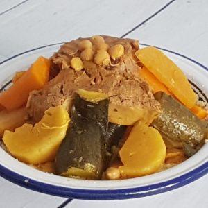 Couscous traditionnel aux légumes de saison et veau