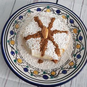 Pastilla au poulet & amandes